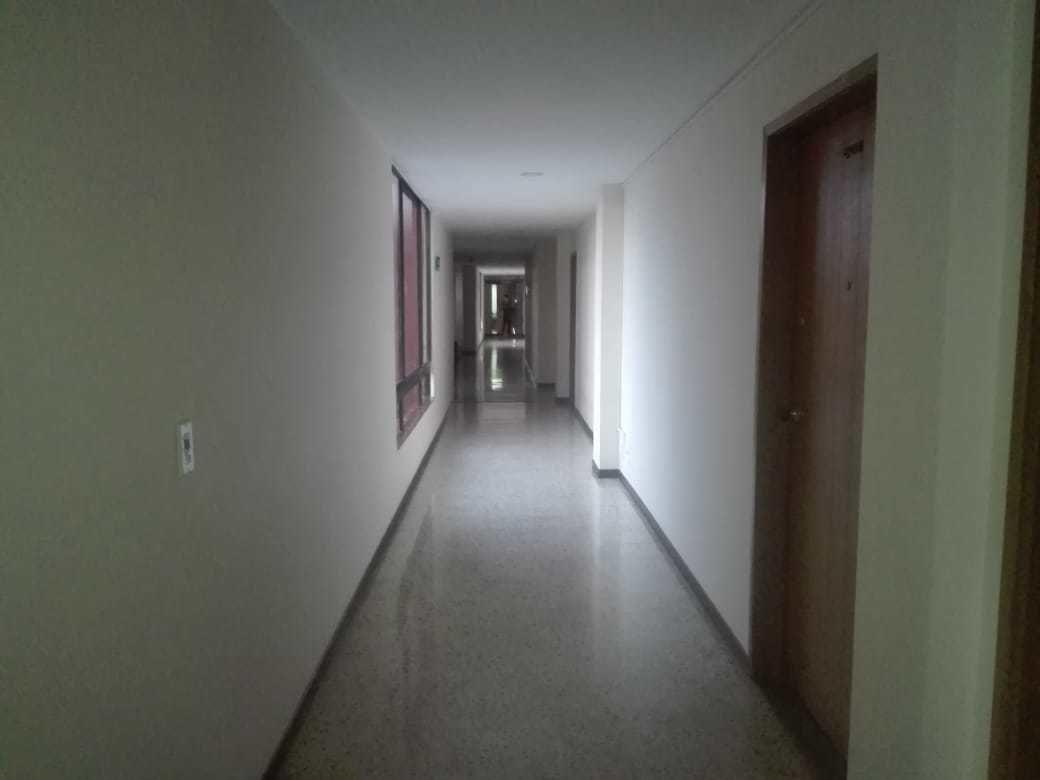 Oficina en Bogotá Dc 8131, foto 2