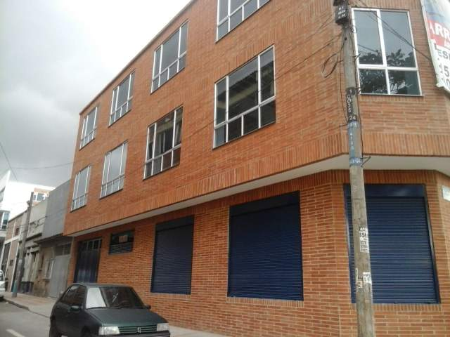 Local en Torres Del Parque, Bogotá 5510