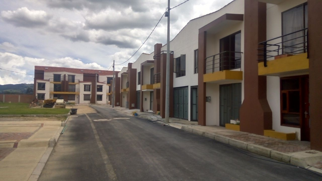 Casa en El Rosal 6263фото0